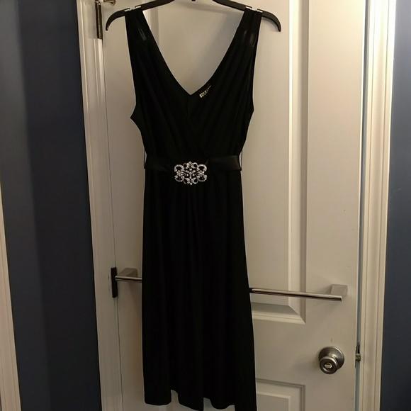 Haani Dresses & Skirts - Semi formal black dress